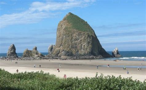 cannon beach haystack rock things i love pinterest