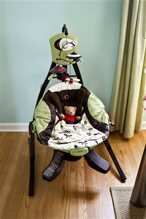 fisher price zen swing 30 weeks swingin through the weeks baby kerf