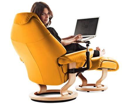 Laptop Desk For Recliner Chair Recliner Chairs Scandinavian Comfort Chairs Ekornes Stressless Pinterest
