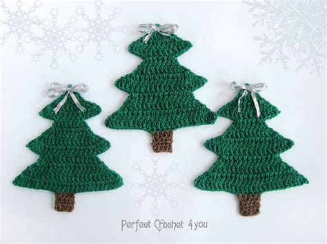 crochet christmas tree decoration green christmas tree