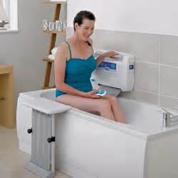 bathtub handicap aids how the easy2bathe mobility bath lift works easy2bathe