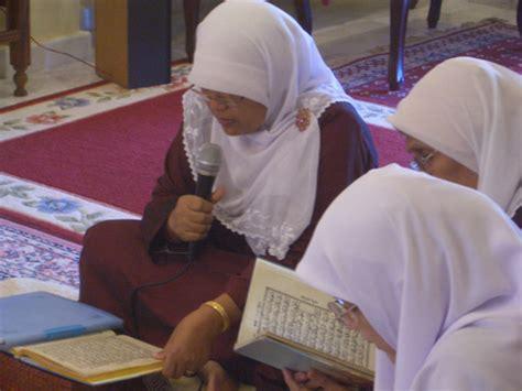 Prenada Media Al Quran Perempuan wahai perempuan akrablah dengan al quran eramuslim