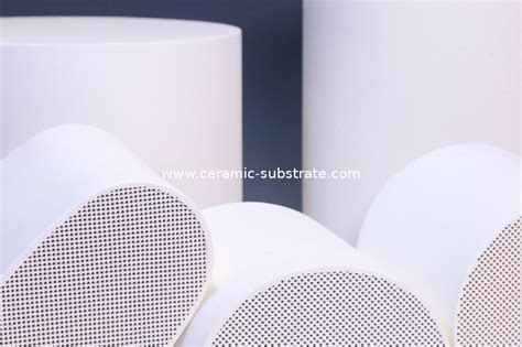 use of ceramic in automobile automobile cordierite dpf for honeycomb motorcycle
