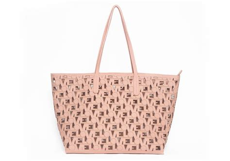 Giveaway Winner Handmade Bag By Bayan Hippo by Giveaways Extratv