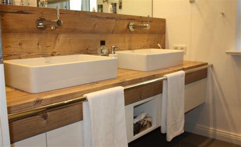 Badezimmer Unterschrank Katzenklo by Waschtisch Unterschrank Mit Integrierter Wandverkleidung