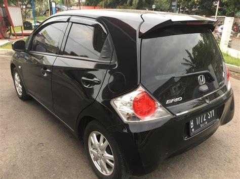 Honda New Brio Satya E M T honda brio satya e 2014 hitam nego mobilbekas