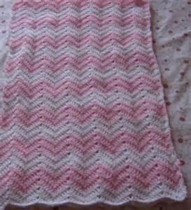 ma le crochet couverture zigzag pour b 233 b 233