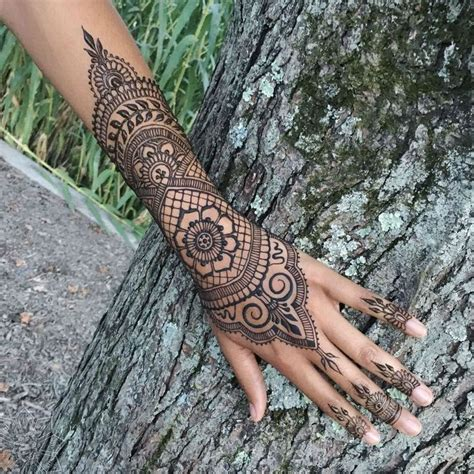 henna tattoo inner hand 25 best ideas about henna tattoos on