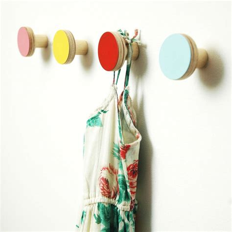 Colorful Wall Hooks | 10 wall hooks to organize your space in style