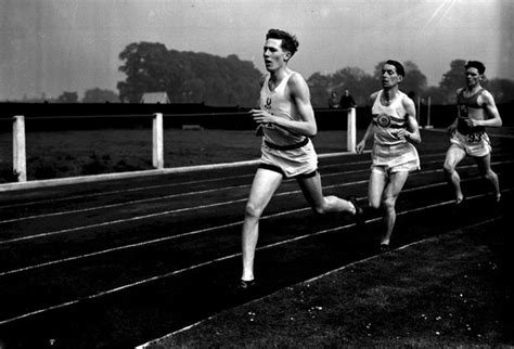 whats a banister reading year of culture 2016 sir roger bannister comes to town get reading