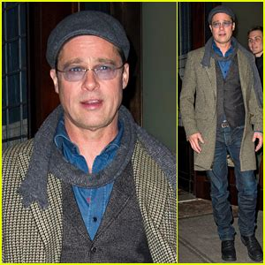 brad pitt house brad pitt reveals who s cooking thanksgiving dinner at his house brad pitt just