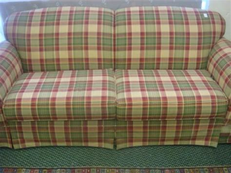 country plaid couches country plaid sofa and loveseat 184 broyhill plaid