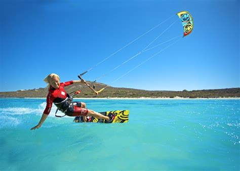 porto pollo kite kitesurfen sardinien porto pollo kiteurlaub kitereisen