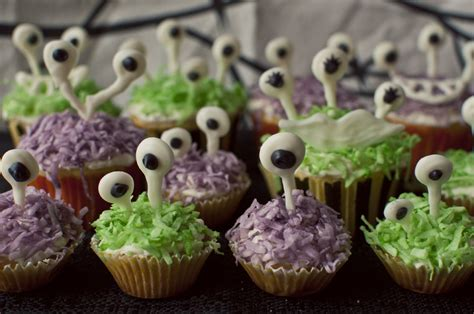 googly eyed monster cupcakes funtober