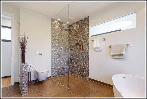 Dusche Und Badewanne Kombiniert by Badewanne Und Dusche Kombiniert Badewanne House Und