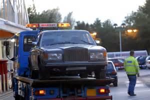 Rolls Royce Store Roller Rage Rolls Royce Rammed Into Tesco Store By