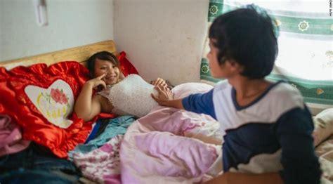 Gambar Anak Smp Hamil Tua Foto Foto Ini Kuak Pernikahan Dini Bocah Bau Kencur Di