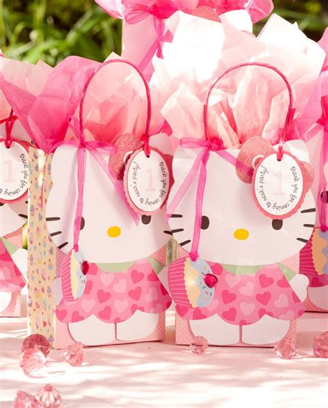 Hello Kitty Birthday Giveaways - 17 best images about hello kitty baby shower on pinterest hello kitty birthday