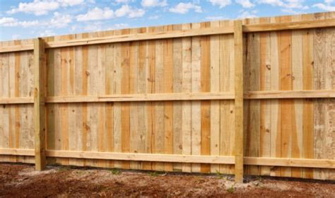 types of garden fences fence types d e p fencing and landscaping in skegness