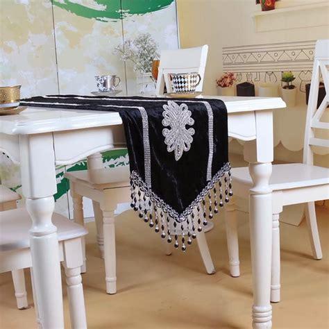 Taplak Meja Hias tiga kain dekorasi interior rumah de rumi