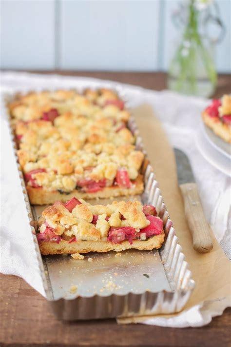 kuchen mit rhabarber der schnellste einfachste und leckerste rhabarber kuchen