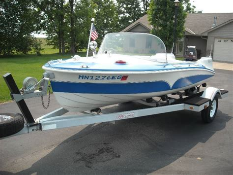 runabout boat lights fivestar auction 143 in mora minnesota by fivestar auctions