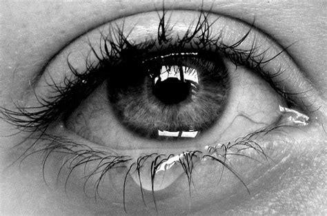 imagenes tristes con lagrimas s 237 ndrome de ojo seco o la importancia de las l 225 grimas