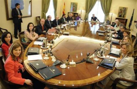 destituyen a un vicepresidente de consejo de ministros de cuba 301 moved permanently