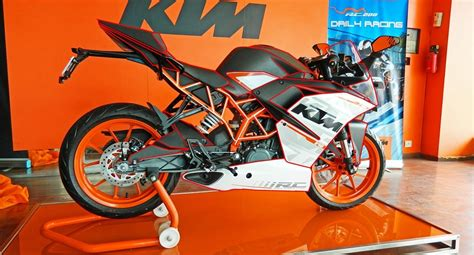 Ktm Made In India Usa Gets Made In India Ktms Duke 390 At 3 08 Lakh Rc390