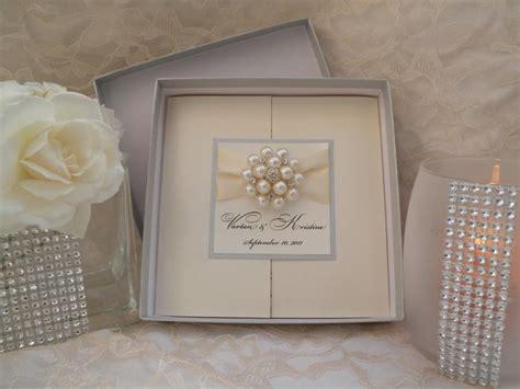 wedding invites in a box brooch boxed invitations large brooch invitations