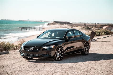 2020 Volvo S40 drive 2020 volvo s60 polestar engineered 2019 s60