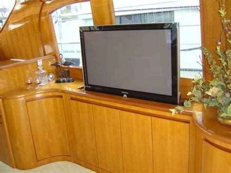 Incroyable Meuble Tv Escamotable Motorise #3: tv-escamotable-encastrable.jpg