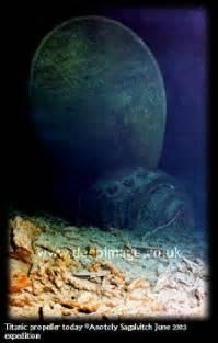 titanic boat deaths a very poignant photo of the titanic wreckage titanic
