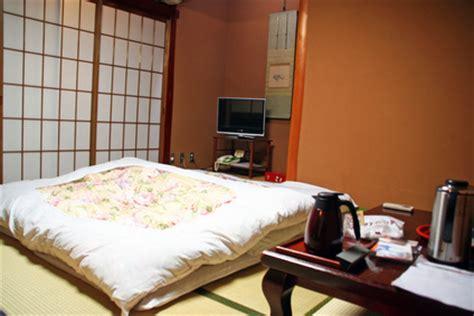 bett japanisch wohntrend japanische schlafzimmereinrichtung institut