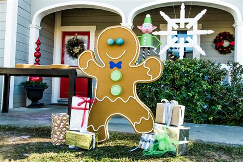Outdoor Gingerbread House Decorations by Diy Front Yard Gingerbread