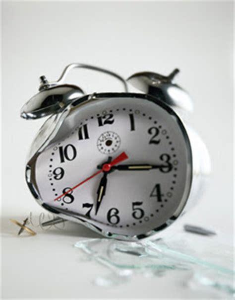 broken clocks the hesperado even a broken clock is right a day