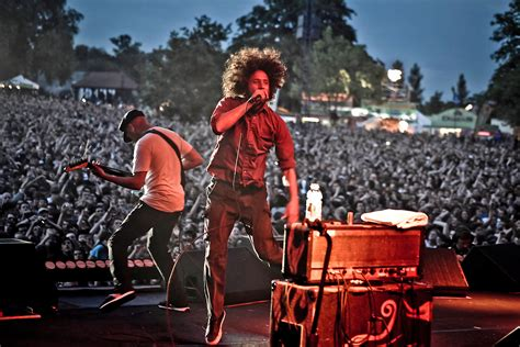 Against The rage against the machine to release concert ew