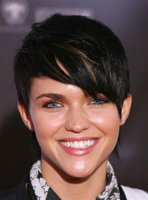 trendy haircuts for tall women 20 collection of short haircuts for curvy women