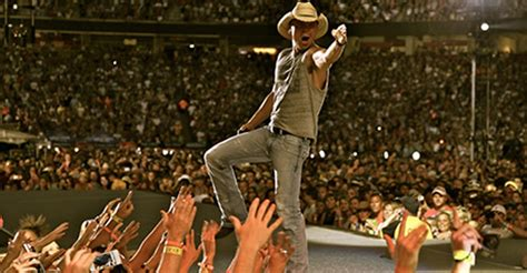 country music 2015 summer 2015 tours big summer for country music