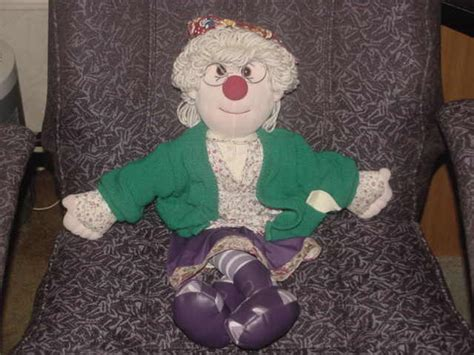 granny garbanzo big comfy couch 22 quot granny garbanzo plush doll from big comfy couch 1997