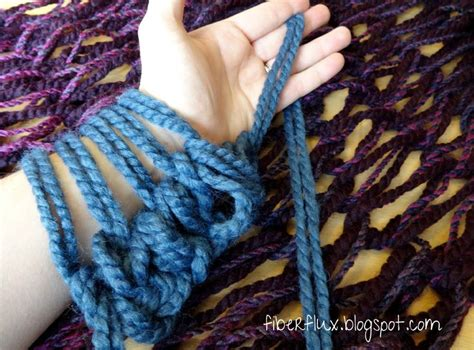 how to finger knit a blanket best 20 arm knitting tutorial ideas on arm