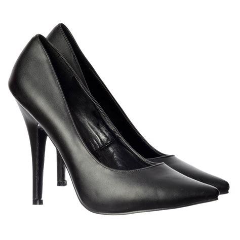 mens high heel shoes uk mens high heel shoes uk 28 images tata mens plus size
