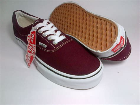 pin maroon vans on on