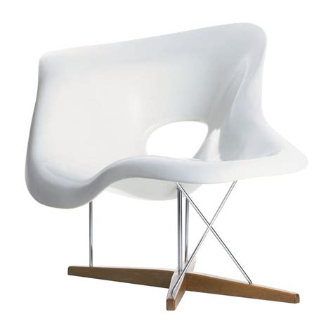 chaises vitra vitra la chaise by charles eames 1948 designer