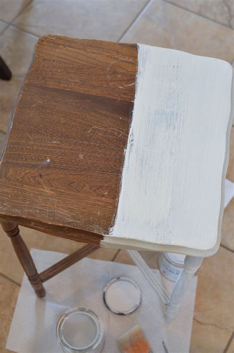 chalk paint that looks like stain sloan chalk paint vs rust oleum chalked paint
