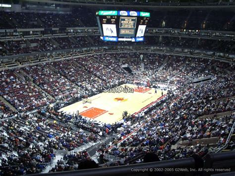 United Center Section 305 by Chicago Bulls United Center Section 305 Rateyourseats