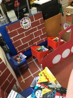 bus roleplay  reception class thema verkeer role play areas eyfs role play areas eyfs