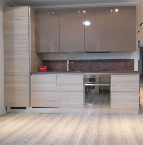 offerta cucine scavolini cucina lineare scavolini liberamente promozione batteria