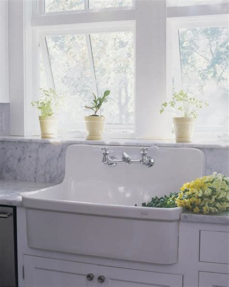 farmhouse sink with high backsplash deco for the of a sink