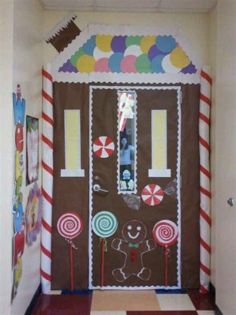Gingerbread Door Decorating Ideas by Gingerbread Door Decoration Towne Caitlyn